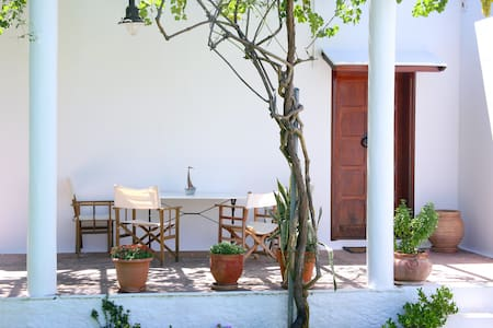 Eclectic House Offer 15% Discount Limited ⁣      - Chania - Villa
