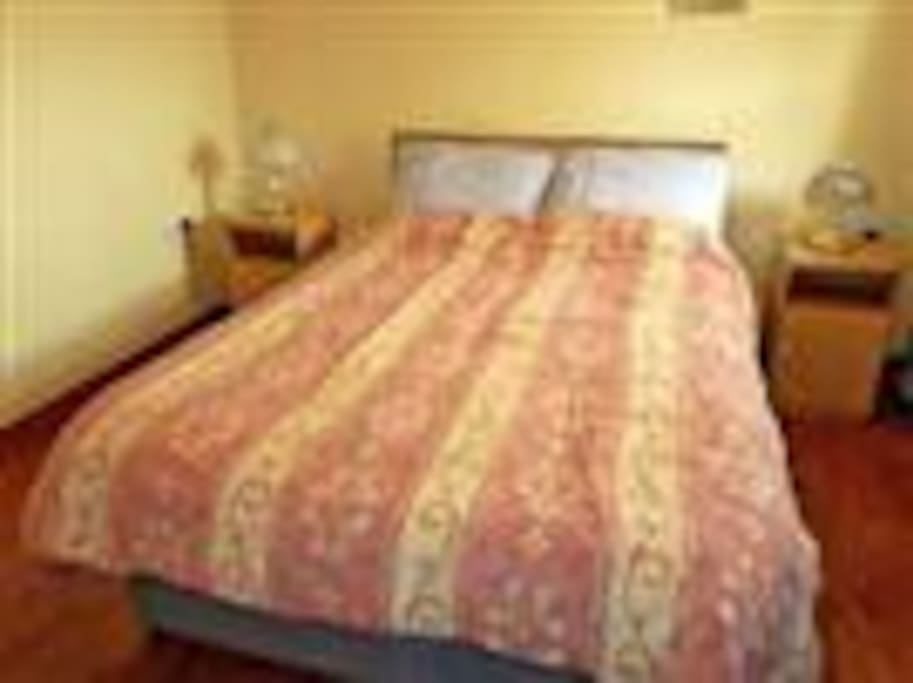 Comfortable double bedroom with en-suite shower room adjacent . Electric blanket on bed + elect radiator