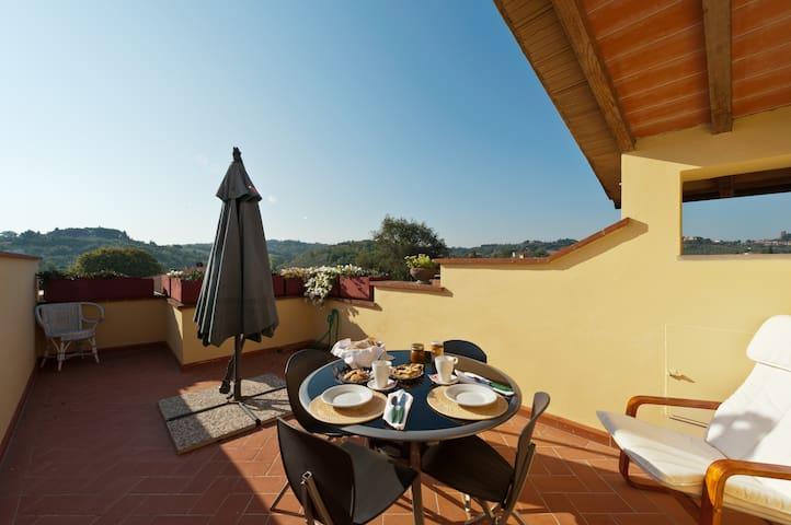 B & B LA PICCIONAIA in San miniato  - San Miniato - Bed & Breakfast