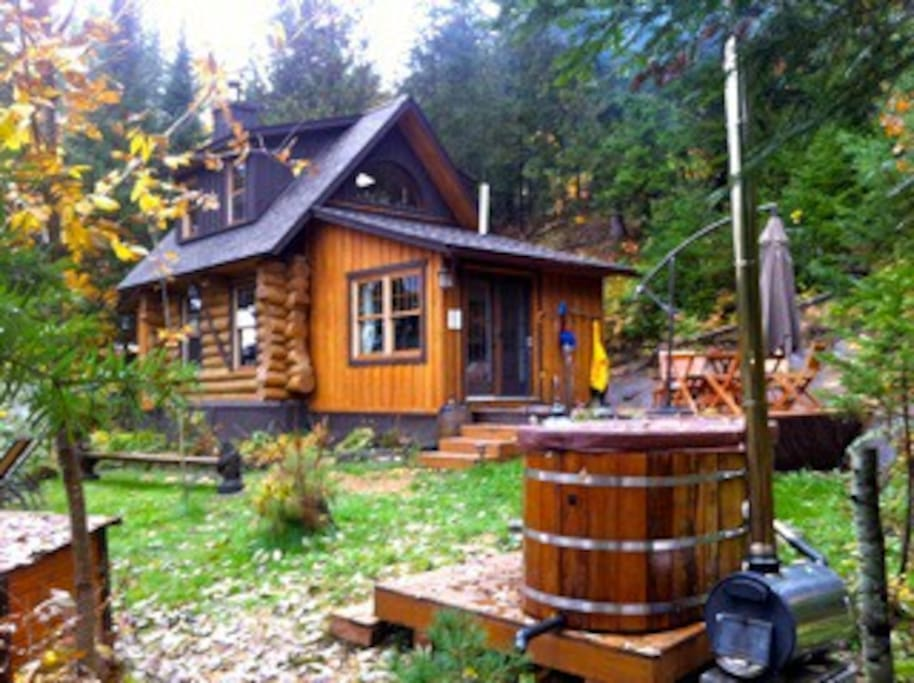 Off Grid Log Cabin Wood Fired Hot Tub Sauna Cottages