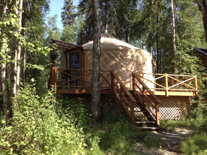 talkeetna east side cabins Yurt-20%Discount M-Thrs