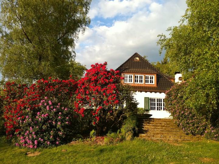 Gross Hohn 32 - Country House