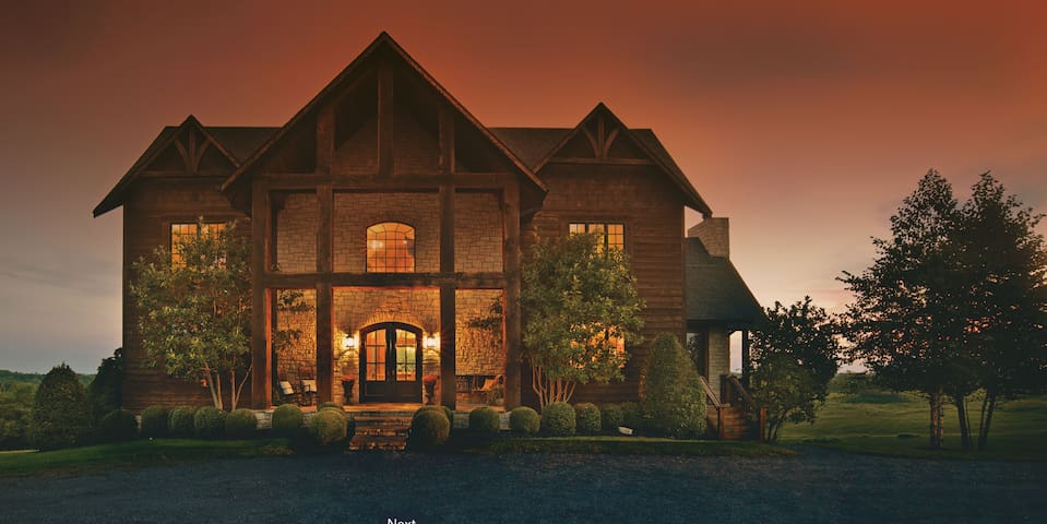 Luxurious Lodge Living in the Bluegrass