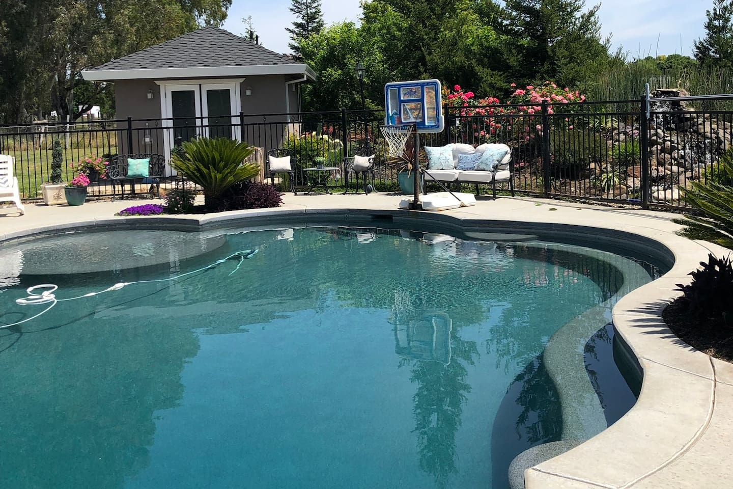 Take a dip in the cool pool (heated in the summer), play a game of pool basketball, lounge on the pool chairs and enjoy a wonderful California summer afternoon in the landscaped expansive backyard.