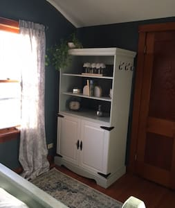 Convenient Cozy home away from home - Des Plaines