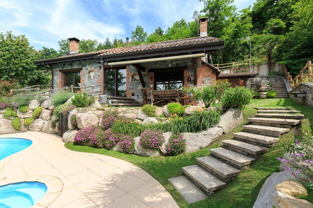 Villa Sangiano, Leggiuno Lake Maggiore - NORTHITALY Villas Vacation rentals