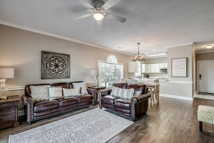 Myrtlewood Golf Course Condo, Completely Renovated