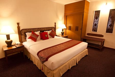 Deluxe A the garden zone  - Pattaya - Bed & Breakfast