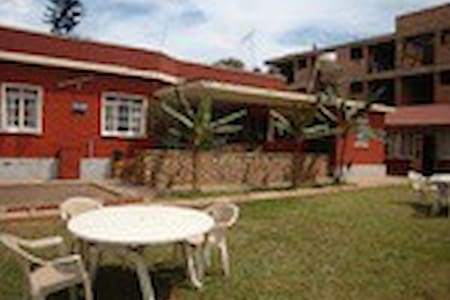 Manhattan GuesthouseBed and Breakfa - Kampala