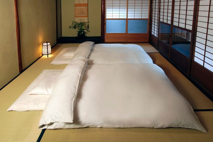 High Class Handpick White-Goose Futons are provided on Tatami Room
