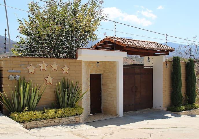 Bonita casa de campo en las afueras de Oaxaca