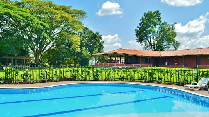 Habitaciones privadas en finca tranquila PEREIRA