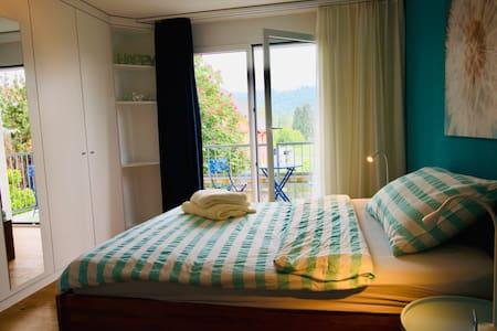 HAPPY - Zimmer mit Balkon - Türkis