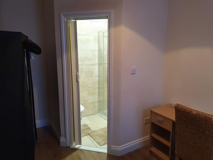 Full Ensuite Bedroom- Newcastle City