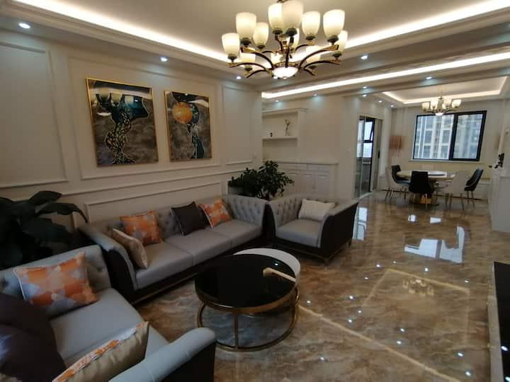 鲅鱼印象山海民宿高端豪华简美装修三室两厅两卫山海广场