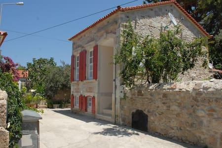 Foca Zangoc Evi (Sacristan House) - Foça