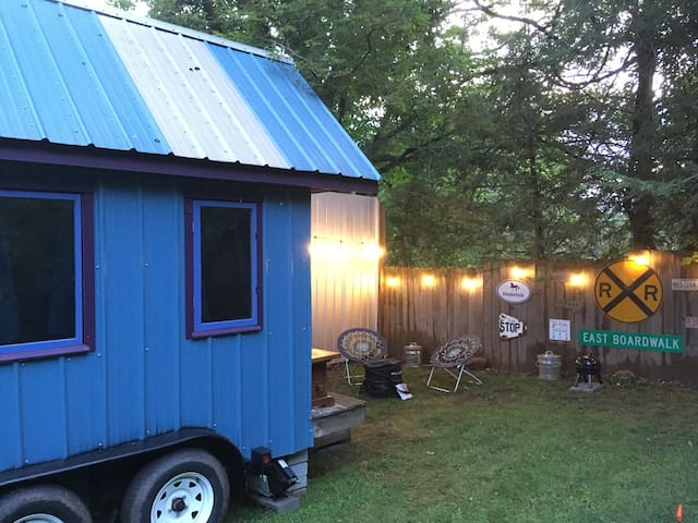 Amazing Tiny House 10min from downtown Asheville