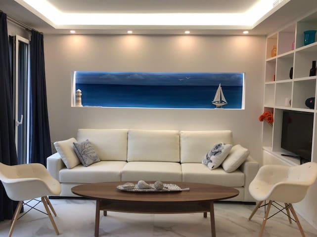 Превосходные дизайн апартаменты в 50 м. от моря