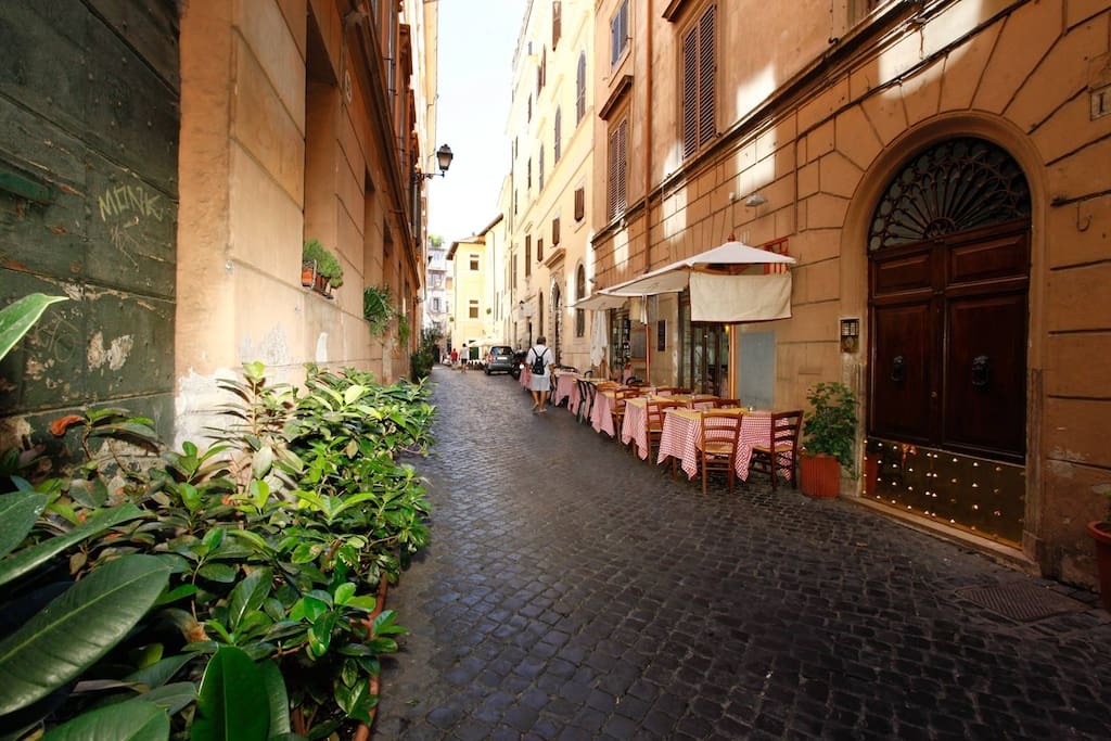 House corallo near piazza navona apartments for rent for Airbnb roma