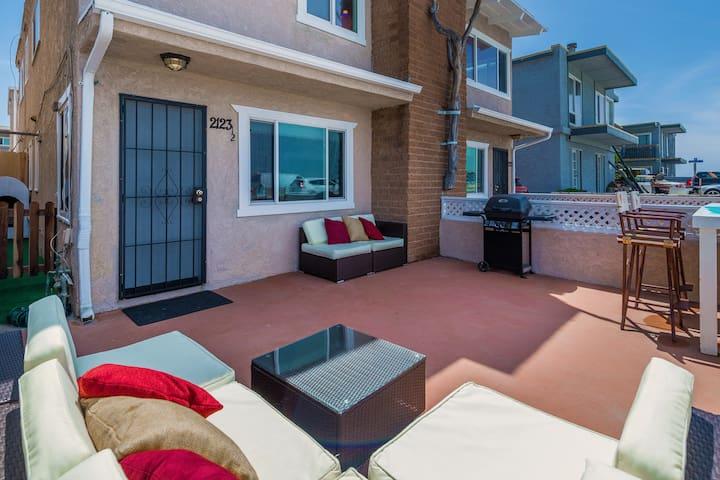 Ocean Front Dog Mahal - San Diego - Lägenhet