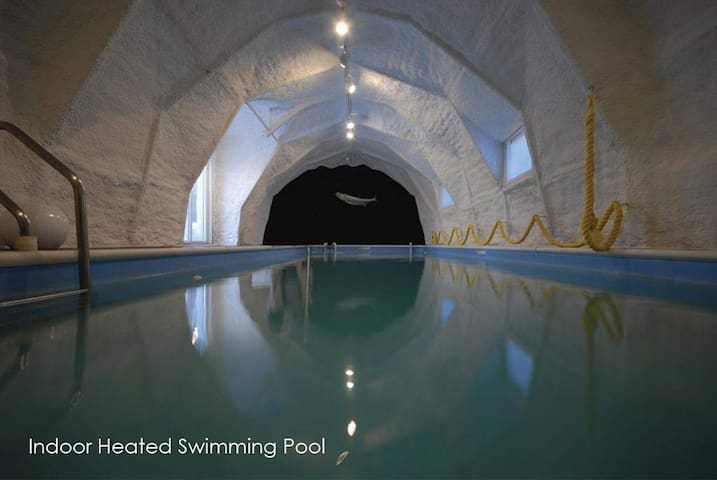Prana Residence Spa  Indoor Pool - Litchfield - House