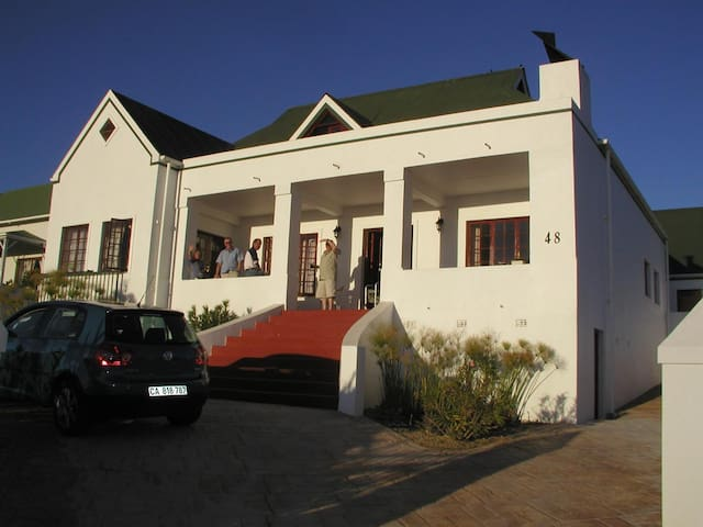 Villersdorp Groblers Theewaterskloof Holiday Home - Caledon - House