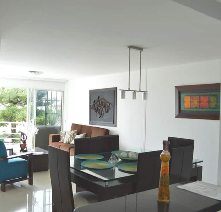 Apartamento remodelado en cañaveral