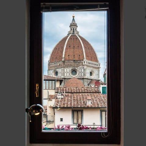 CASA DANTE- AWESOME VIEW ON DUOMO - Firenze