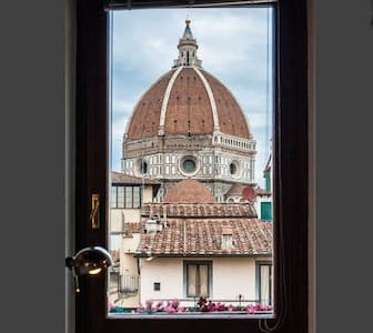 CASA DANTE- AWESOME VIEW ON DUOMO - Firenze - Apartment