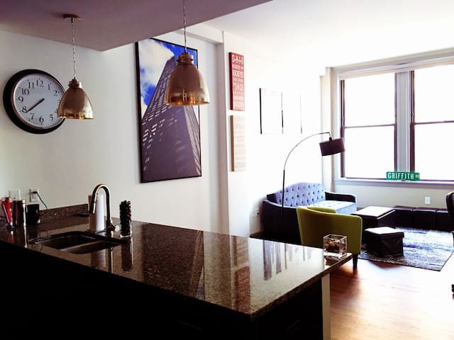 Downtown Studio, Near Everything! - Columbus - Appartement