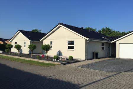 Super flot og moderne villa på lukket vej - Silkeborg