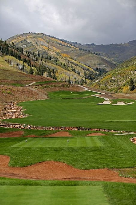 Canyons golf course in backyard