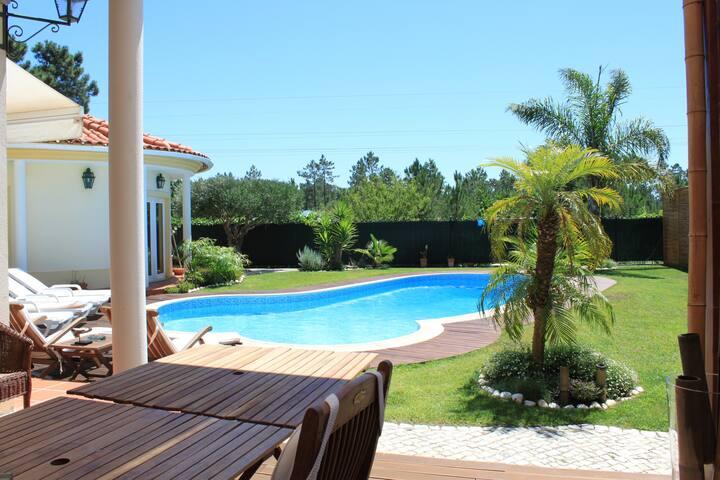 Charming Villa - Piscina,Praias,Golf,Perto Lisboa - Corroios - Villa
