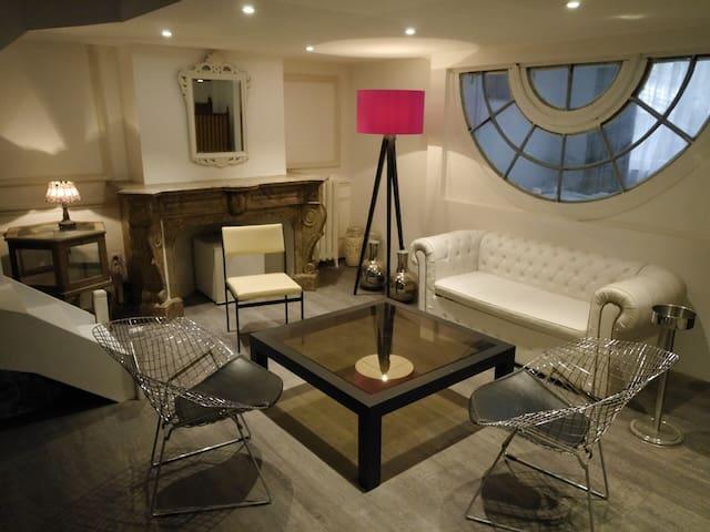 Suite avec salon privé a ixelles - Ixelles - Pis