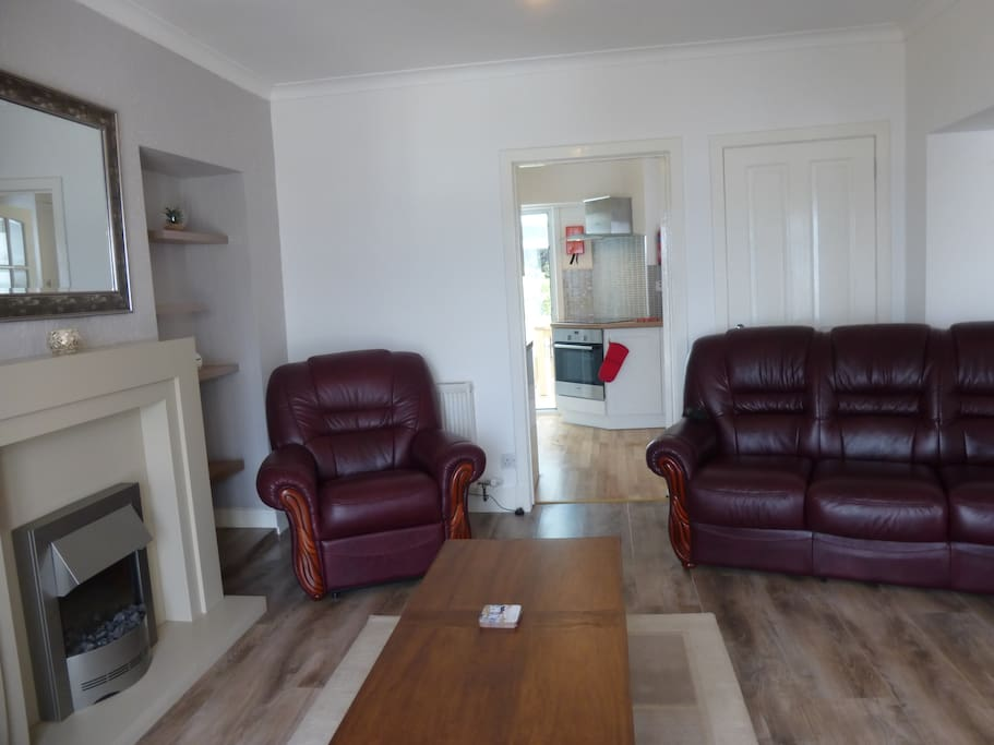 Spacious Quality Furnished Living Room