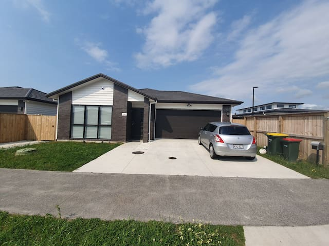 Brand new home near Ardmore flying club & Park