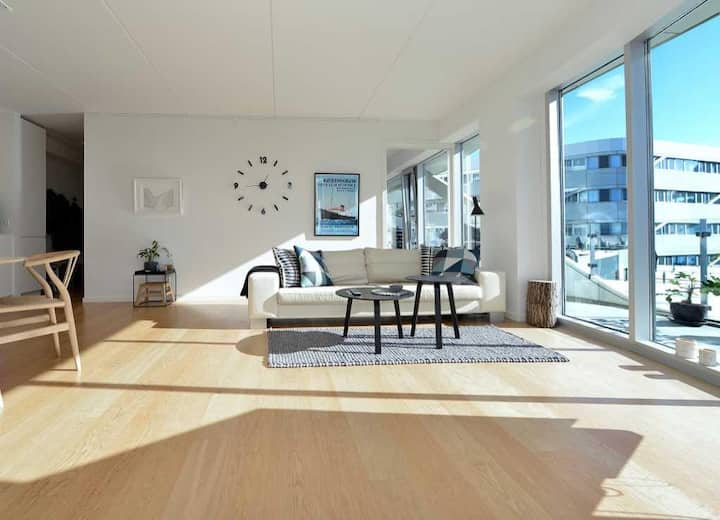Superb location on Aarhus Ø - 23m2 balcony
