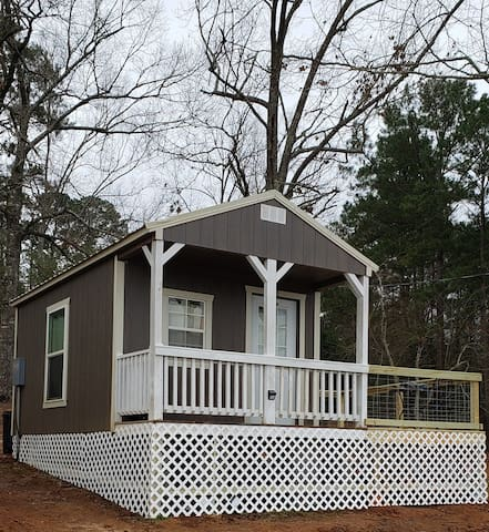70 nightly rate through Feb/ Located on Big Bass Lake! Pet friendly