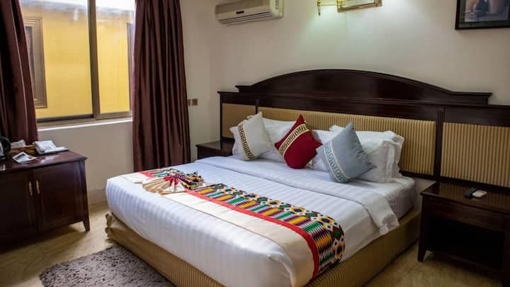 An unforgettable relaxation in Accra, Ghana.