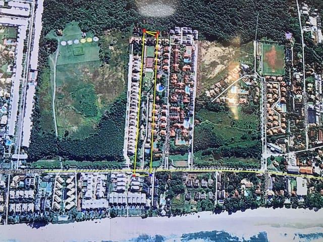 Vista aérea da localização do condomínio (dentro da linha amarela)