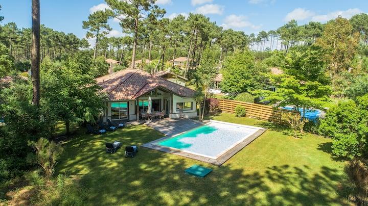PISCINE PRIVÉE | Villa spacieuse 10p, près du terrain de golf