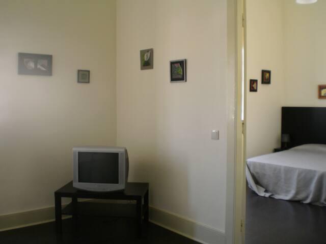 Family room in Espinho - Espinho - Bed & Breakfast