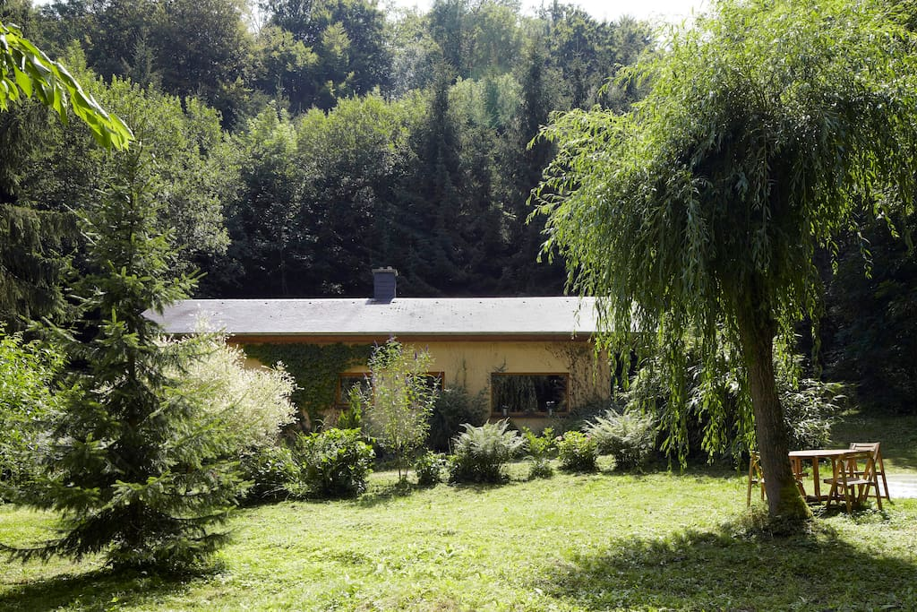 Villa Waldeslust im Frühsommer