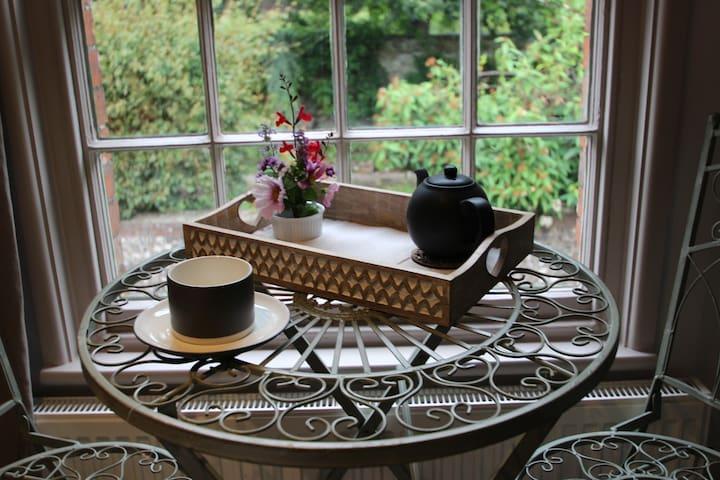 Tea overlooking the Grange Gardens