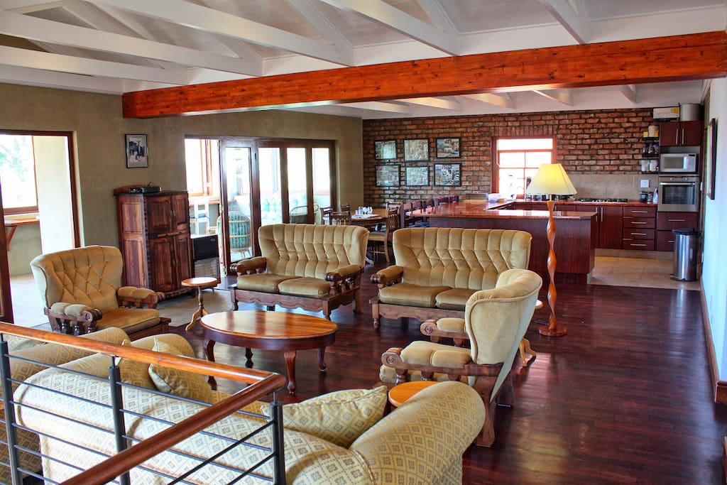 Lounge - open area Upstairs
