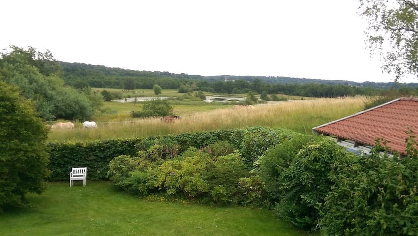 Close to Copenhagen, great view and nearby golf.