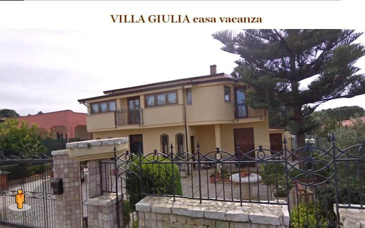 Villa Giulia near airport of palermo