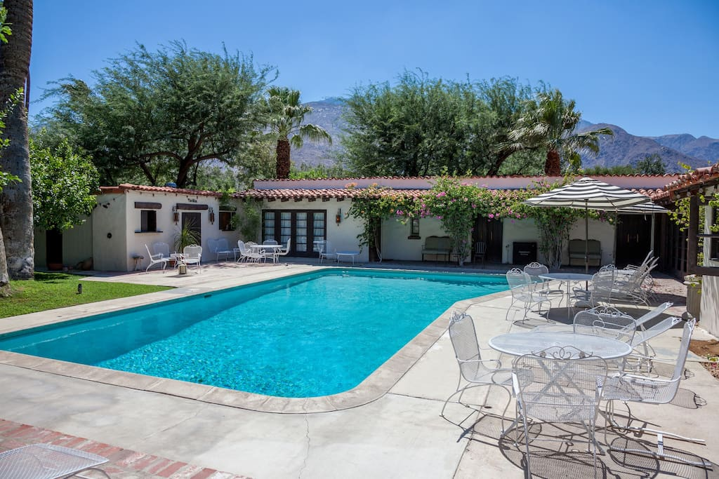 Private palm springs retreat houses for rent in palm for Palm springs homes rentals