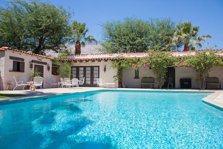 Private Palm Springs Retreat!