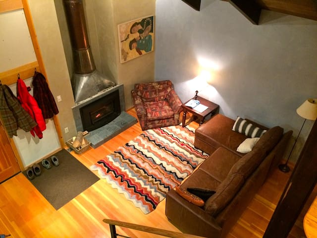 Holiday Week in Tahoe City House with Hot Tub - Tahoe City - Huis